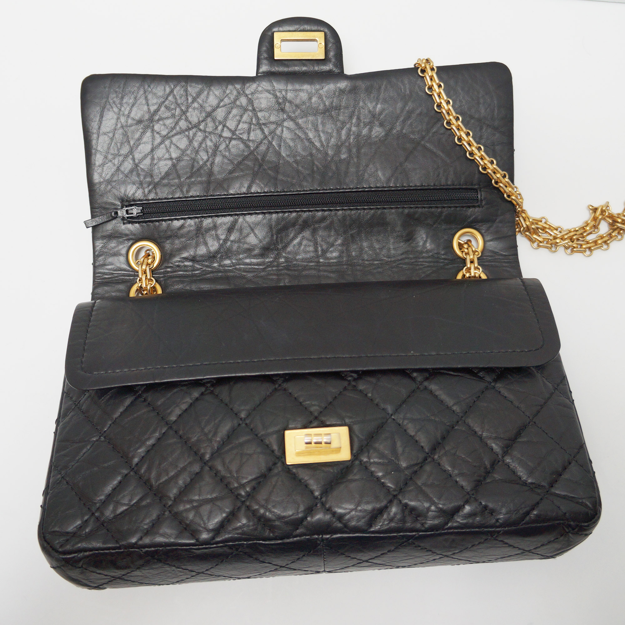ef4fae7c7219 CHANEL 2.55 REISSUE FLAP Bag, 226 Size Black Aged Leather Gold Hardware |  eBay