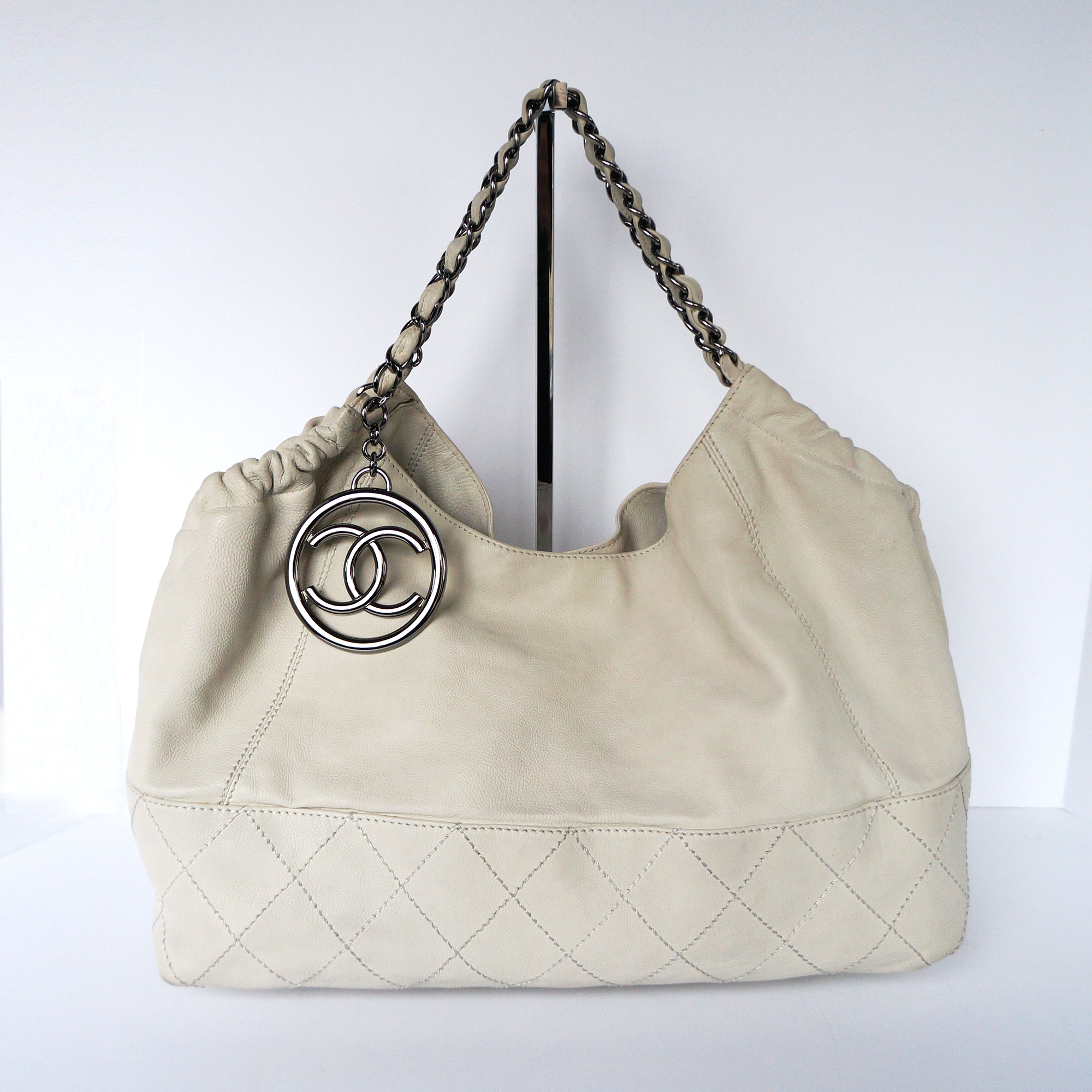 3906e3980 Chanel Iconic Baby CoCo Cabas Tote Bag White Calfskin Leather     My ...