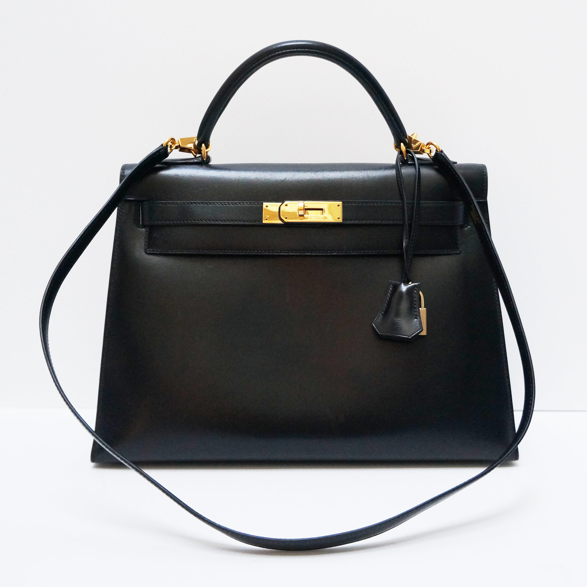 2267395cb321 Hermes Vintage Sellier Kelly 32cm Bag Black Box Leather Gold ...