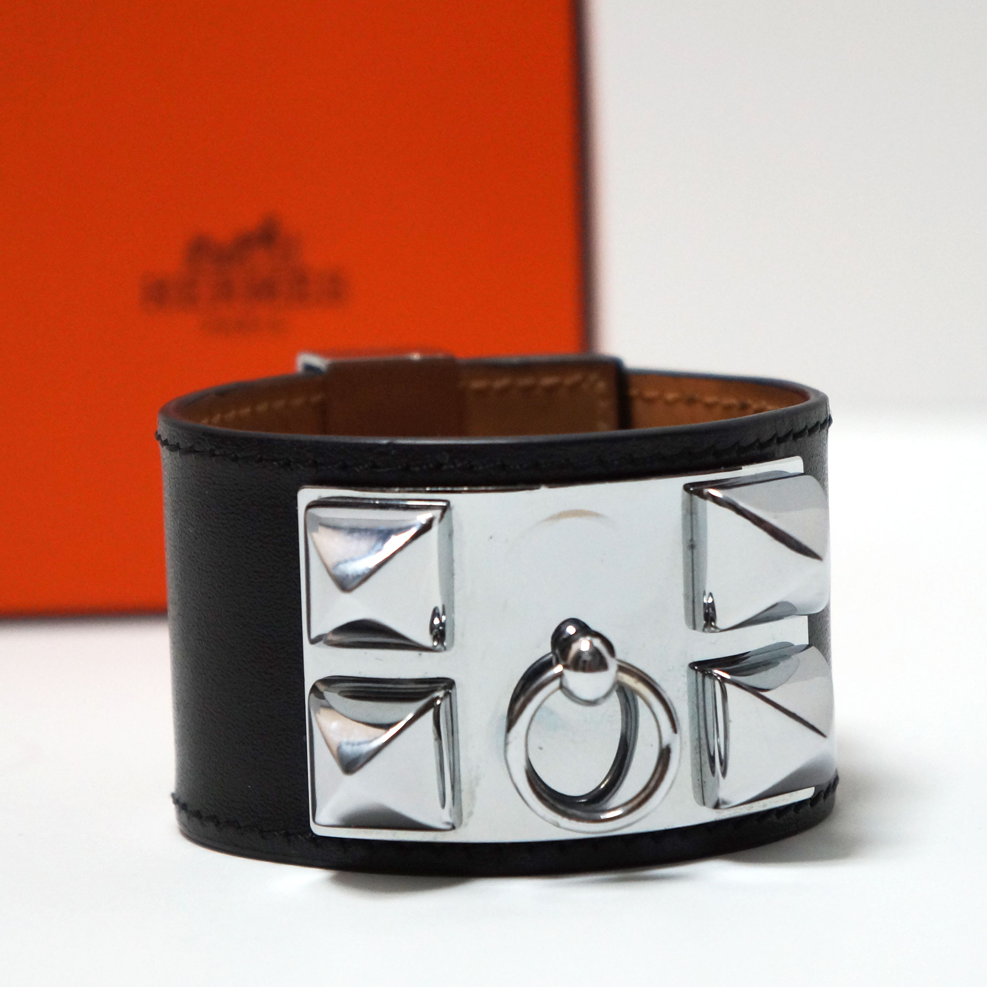 collier de cuff dog plated garderobe products kelly chien silver etoupe hermes swift alligator bracelet