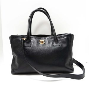 Chanel Black Grained Leather Cerf Tote