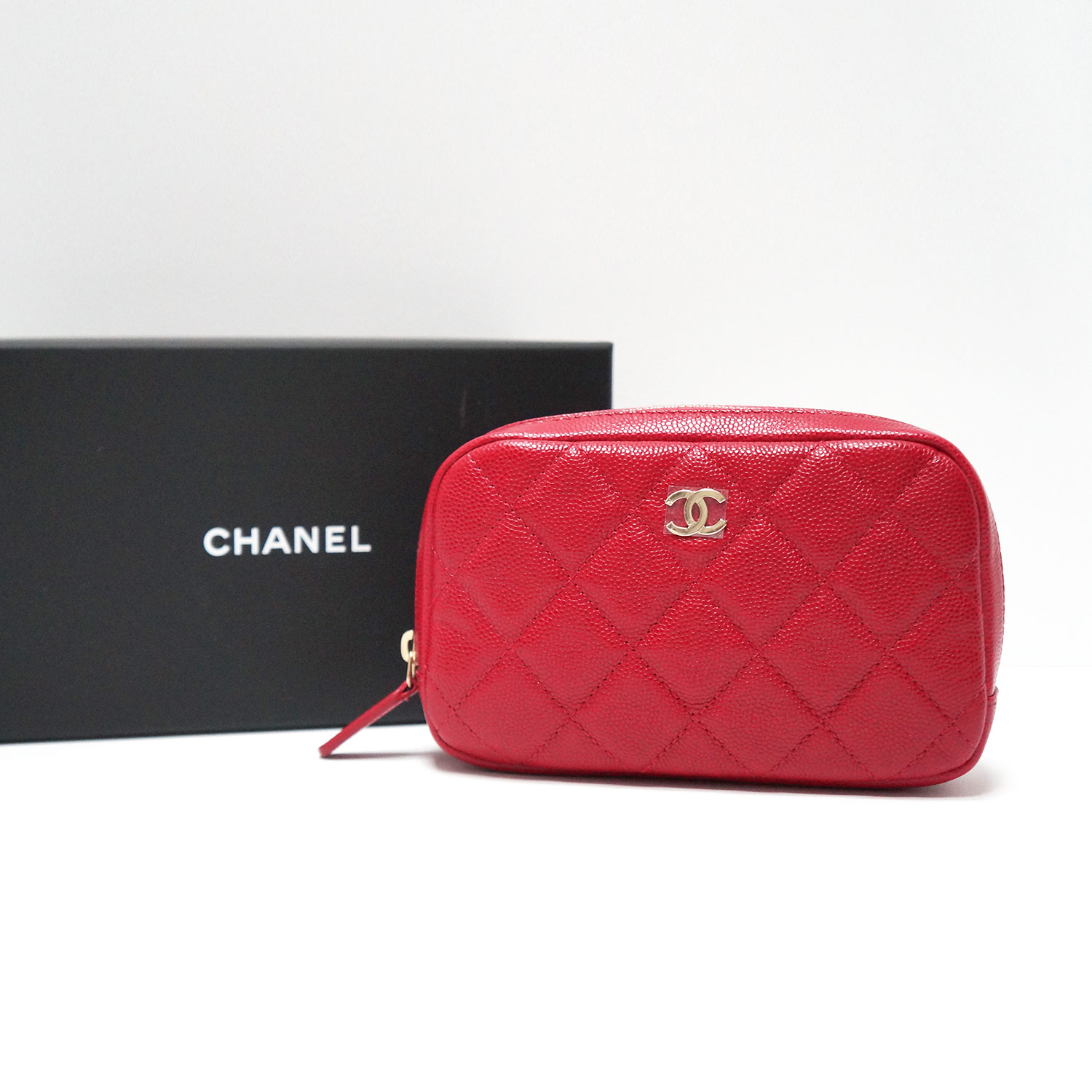 a39263fb235e Chanel Red Caviar Leather Quilted Makeup Case Clutch Bag
