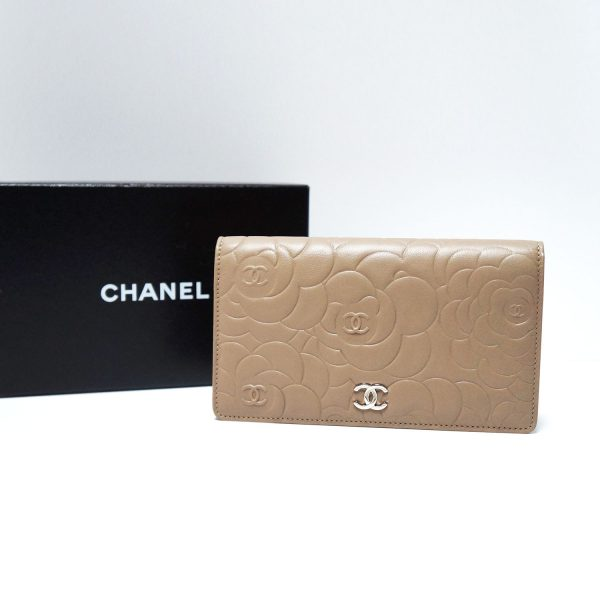 Chanel Camellia Flower Lt Brown Leather L-Yen Checkbook Wallet