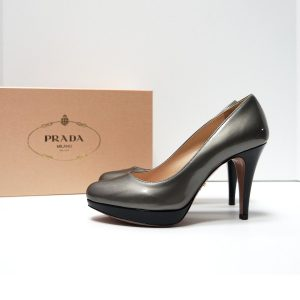 Prada Vernice Bicolor Grey Black Patent Leather Platform Pumps Size 36