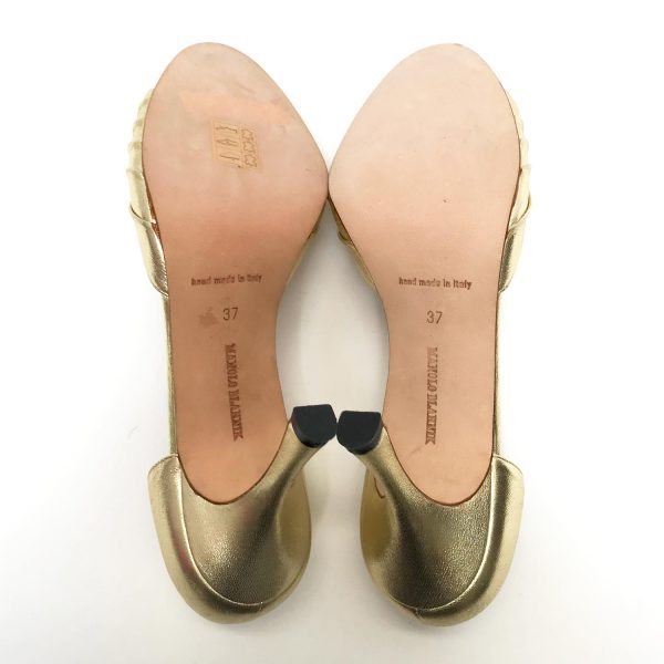 Manoho Blahnik Gold Leather Sedaraby D'Orsay Peep Toe Pumps Size 37